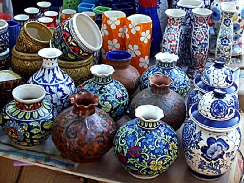 Art craft garha tour travels for Arts and crafts pottery